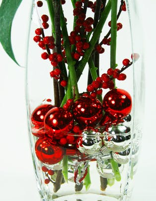Holiday Lily Flower Arrangement
