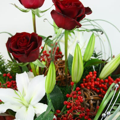Red Pine Holiday Centerpiece