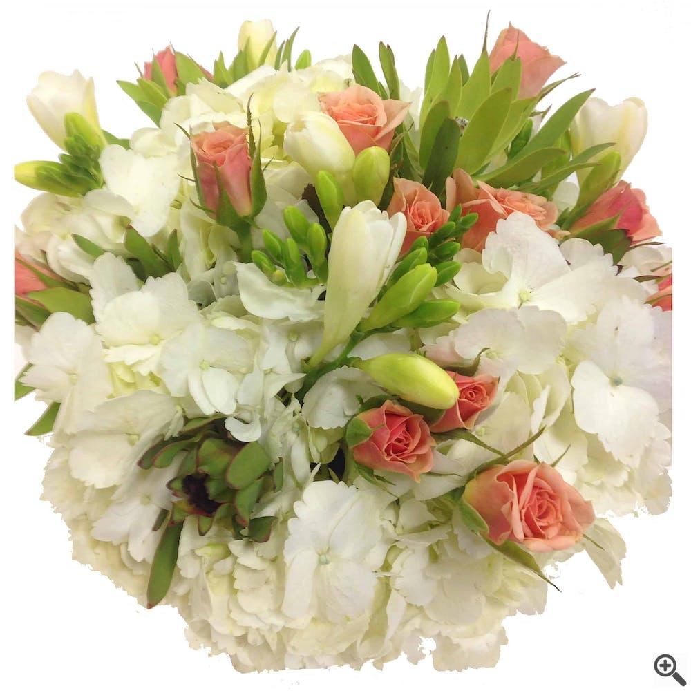 Desiderio Romantico Flower Arrangement