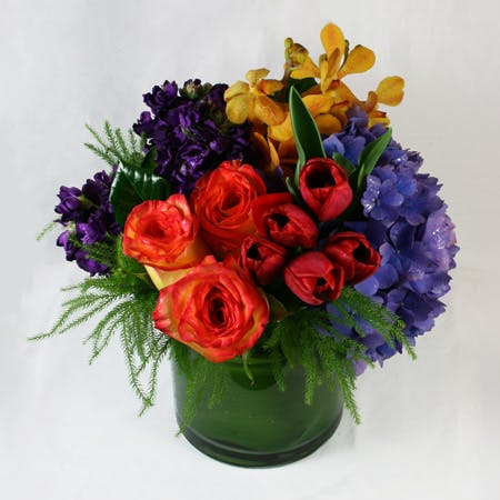 """Bird's Plume"" Flower Arrangement"