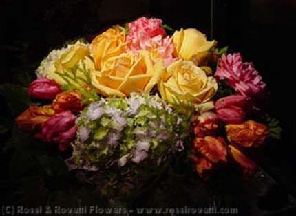 Chop-Style Rose Seasonal Mix Flora