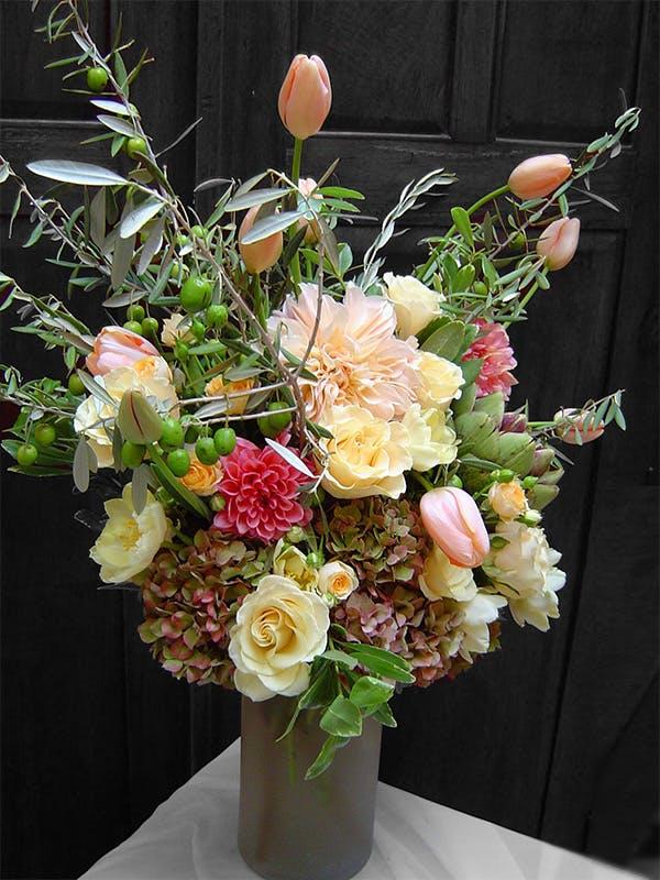 Cafe au Lait Floral Arrangement   San Francisco Florist Since 1871 Free Bay Area and San Francisco Flower Delivery