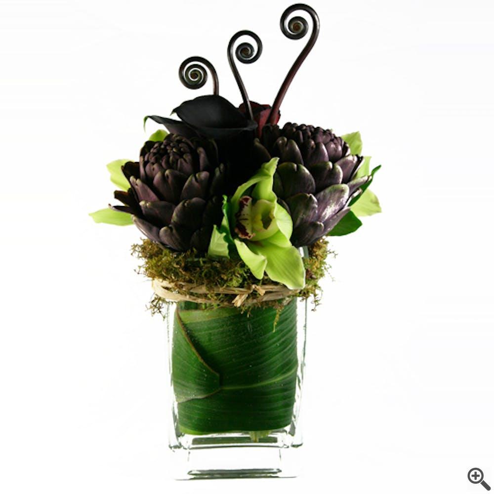 Monke Aluve Flower Arrangement