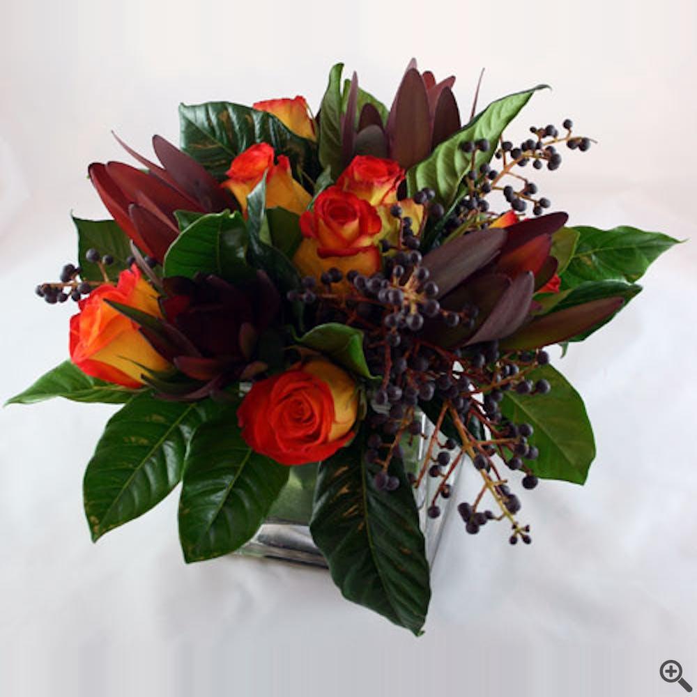 Sorpresa del Topaz Flower Arrangement