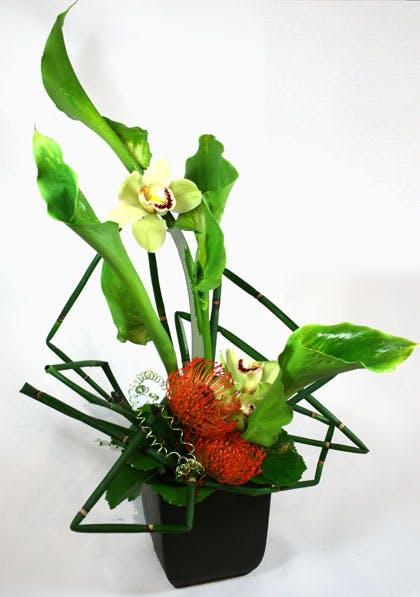 """""""Giglio Speciale"""" Flower Arrangement"""