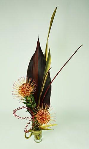 Pin Up Flower Arrangement