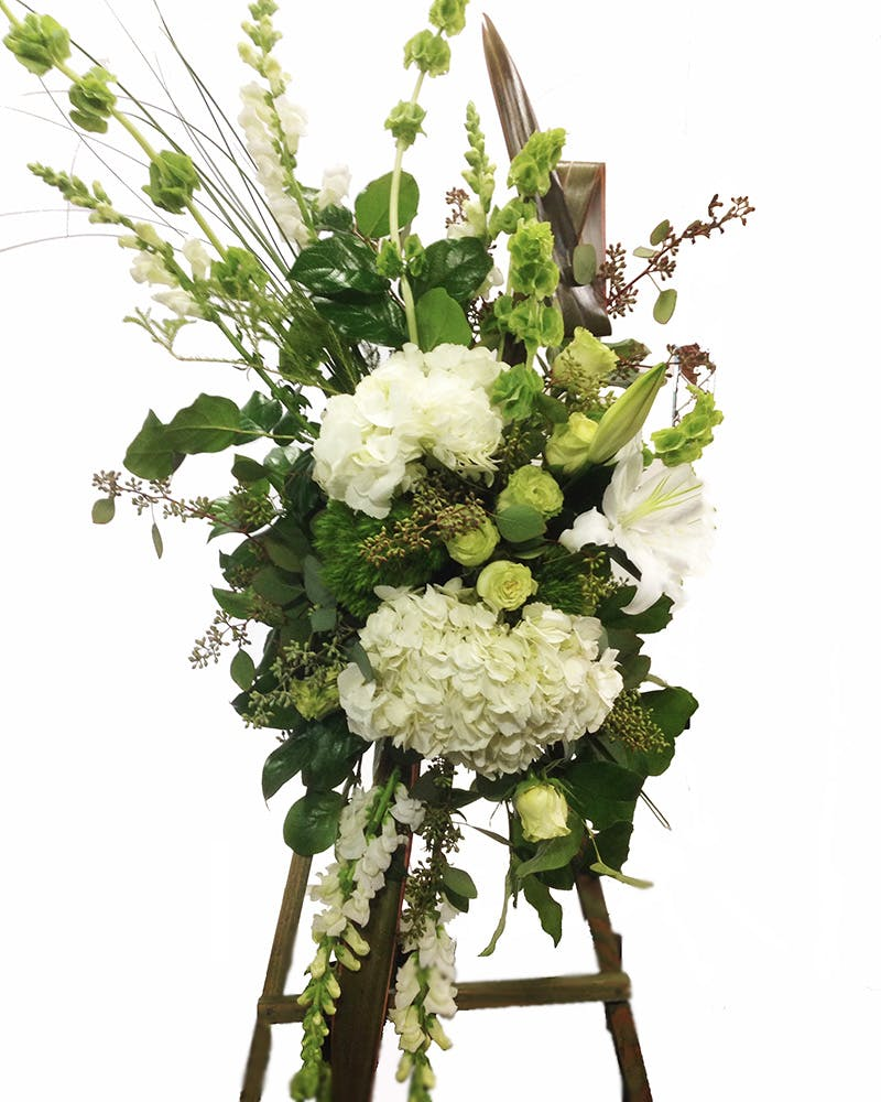 Classic White and Green Sympathy Spray